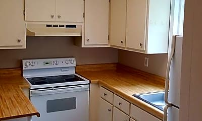 Kitchen, 818 Lamont St, 2