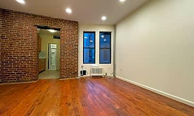 Living Room, 587 W 177th St 4, 0