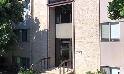 Building, 18906 Smoothstone Way 3, 0