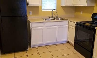Kitchen, 1414 S Powell St, 0