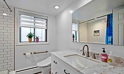 Bathroom, 1315 Anderson Ave 23, 2