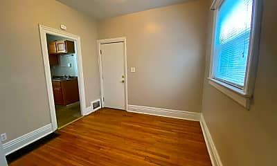 Bedroom, 292 Richmond Ave, 1