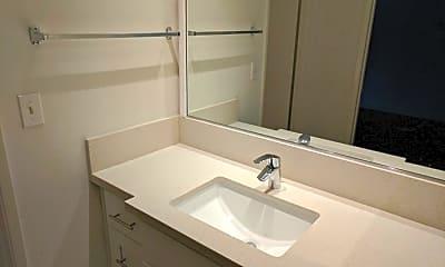 Bathroom, 1419 S Bentley Ave, 2