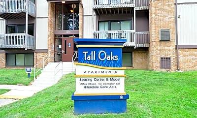 Building, Tall Oaks, 0