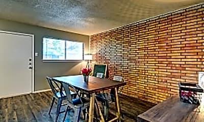 Dining Room, 9211 S Presa Street, 2