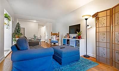 Living Room, 87-09 34th Ave 3B, 2