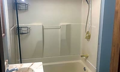 Bathroom, 629 E Florida St, 1