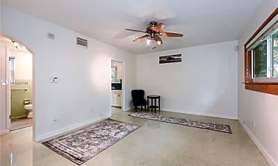 Living Room, 152 NE 43rd St, 2