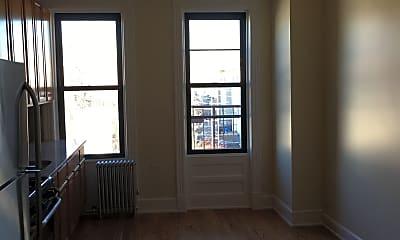Patio / Deck, 409 Onderdonk Ave, 1