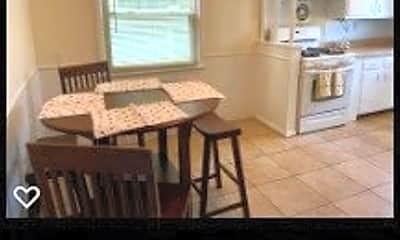 Kitchen, 401 Franklin Blvd, 1