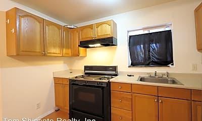 Kitchen, 1402 Lusitana St, 1