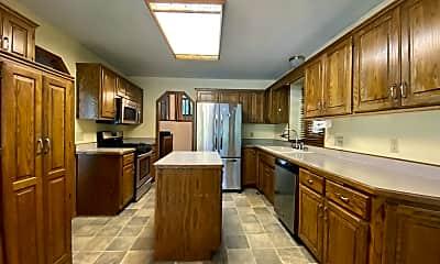 Kitchen, 11116 Oxbow Trail, 1