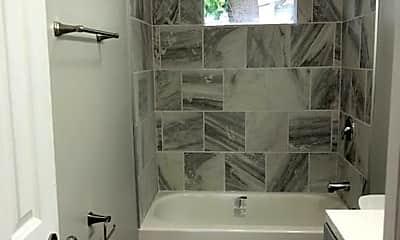 Bathroom, 305 Stelton Rd, 2