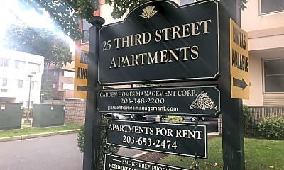 25 3rd Street Apartments, 1