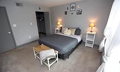 Bedroom, 6401 S West Shore Blvd, 1