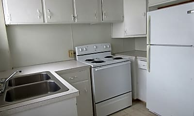 Kitchen, 720 Klondyke Ave, 1