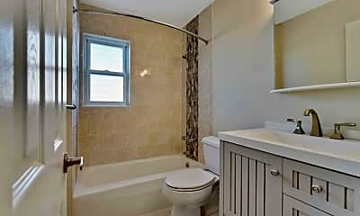 Bathroom, 65 Cedar Ave D14, 2