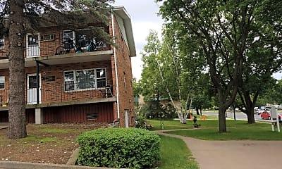 Loring Apartments, 2