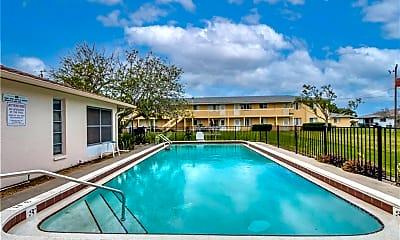 Pool, 4616 Skyline Blvd 207, 2
