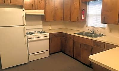 Kitchen, 7809 Lotus Ln, 2