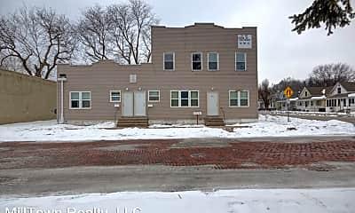 Building, 330 Oak St, 2
