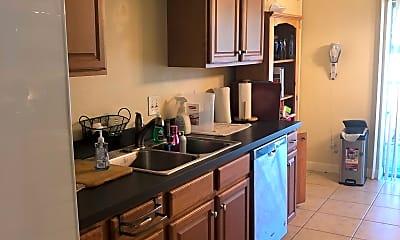 Kitchen, 3625 Riviera Circle, 2