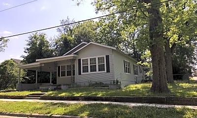 Building, 102 N 1st St, 1
