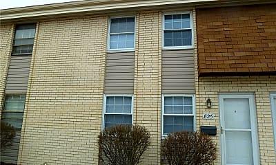 Building, 825 Lilybud Dr, 0