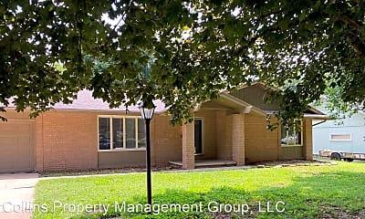 Building, 3600 S Dayton Ave, 2