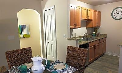 Living Room, 4012 Cloverlane Dr, 1