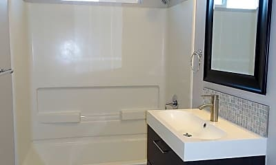 Bathroom, 512 Tyrella Ave, 2