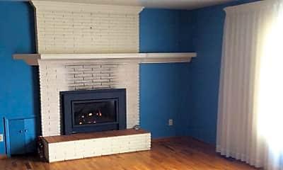 Living Room, 403 B Ave, 1