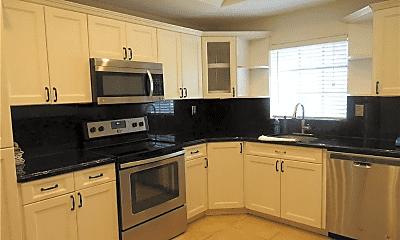 Kitchen, 3141 N Palm Aire Dr, 0