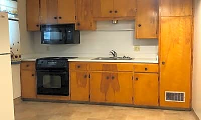 Kitchen, 75 N Rose St, 0