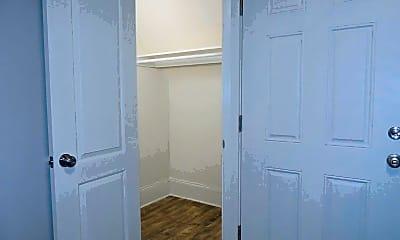 Bathroom, 2292 W 40th St, 2