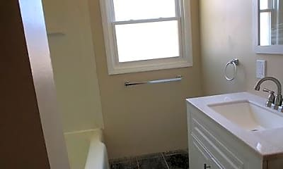 Bathroom, 1223 King Rd, 2
