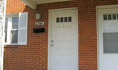Building, 2264 Roosevelt Blvd, 1