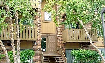 Building, 720 Prescott Dr, 1