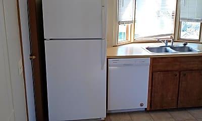 Kitchen, 296 Golden Ct, 1