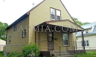Building, 826 Center Point Rd NE, 2