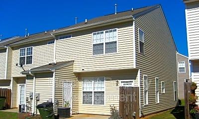 Building, 411 Twist Cir, 2