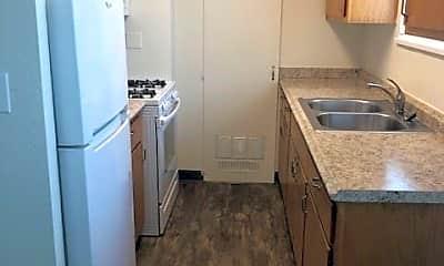 Kitchen, 1365 Magnolia Ave, 0