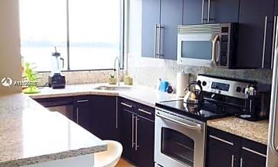 Kitchen, 1330 West Ave 1004, 1