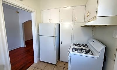 Kitchen, 703 W French Pl 3, 2