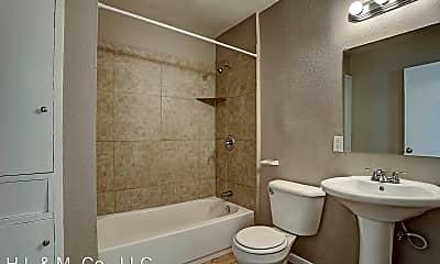 Bathroom, 2202 Park St, 2