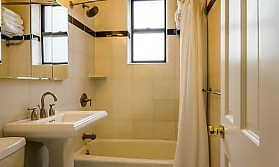Bathroom, 90 Thompson St F3, 2