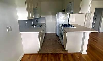 Kitchen, 420 Raymond Ave, 2