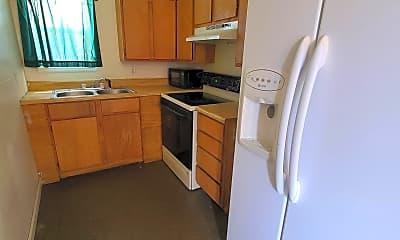 Kitchen, 388 N Buchanan St, 1