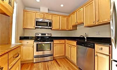 Kitchen, 59 Liberty St 21, 1