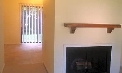 Living Room, 2698 Gatewood Cir, 0